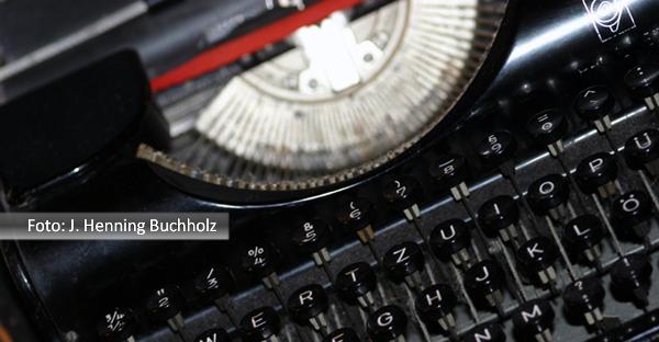 Fernando-Albrecht-fala-sobre-a-dificuldade-de-escrever-com-máquinas