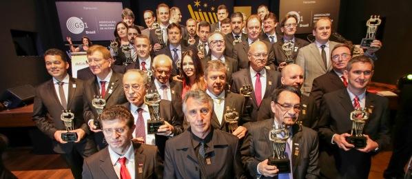 Fernando Albrecht divulga os premiados no Carrinho Agas