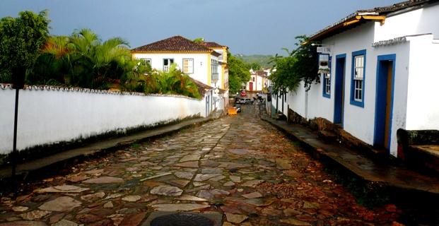 flavio del mese escreve sobre Paraty no blog do Fernando Albrecht, colunista