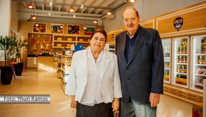 Nilva e Raul Randon no novo empreendimento